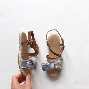 Old Navy bow espadrilles sandals  EUC size 10
